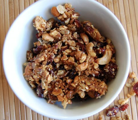 Eat Paleo Granola to Promote Healthy Nibbling